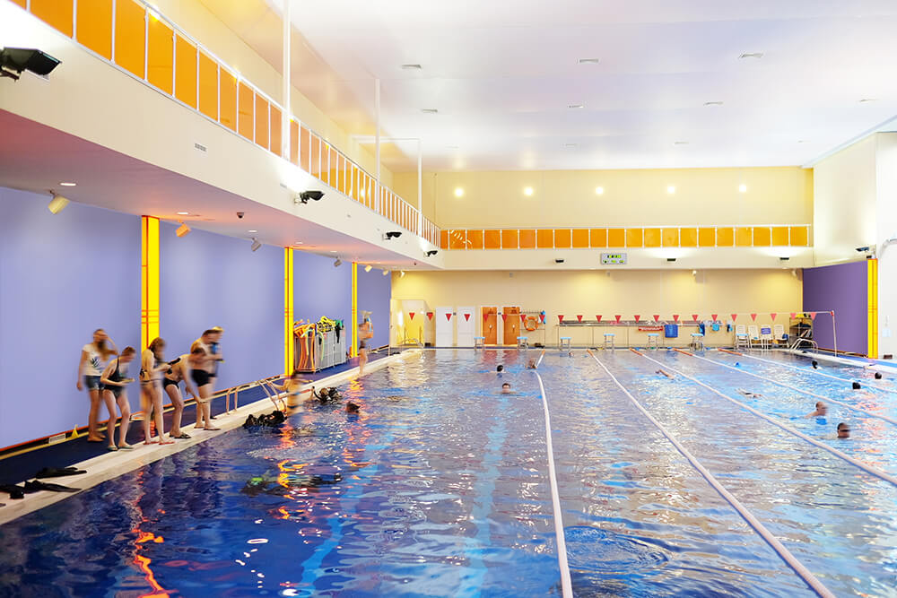 Public swimming pool heat pump heating solutions pool - Heated swimming pool running costs ...