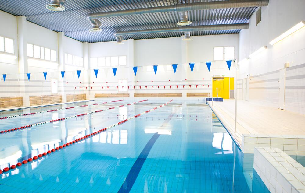 Public swimming pool heat pump heating solutions pool heating ltd for Swimming pool offers in abu dhabi